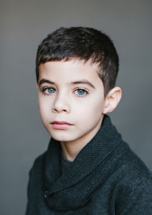 папа -азербайджанец, мама - русская. Тимур, 7 лет