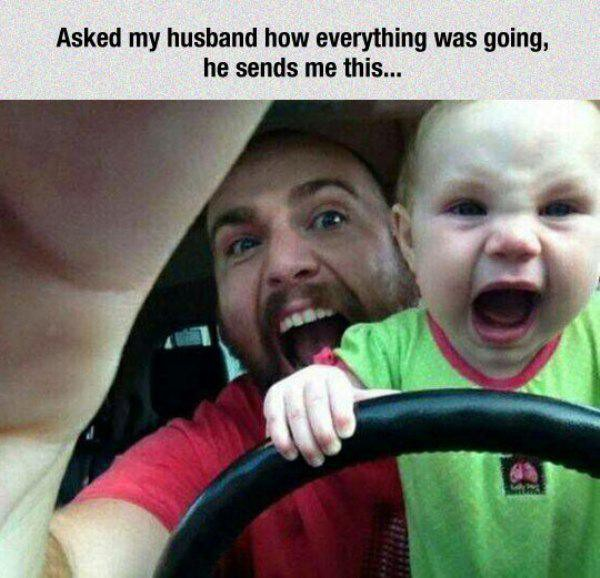 папа с ребенком за рулем
