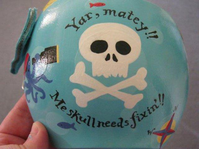 разрисованные шлемы