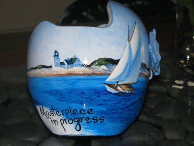 разрисованный шлем