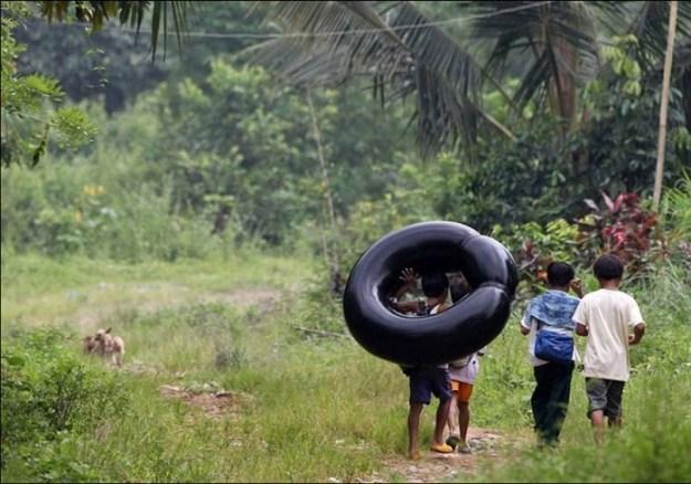 Филиппины. Вплавь на надутой автомобильной камере2