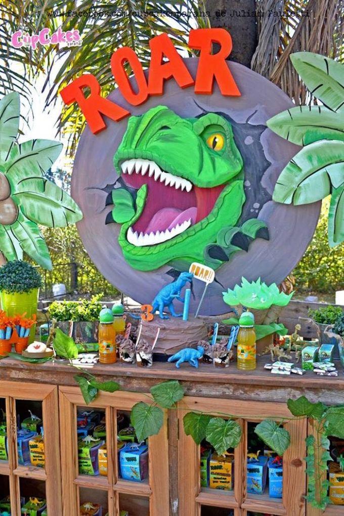 кенди бар в стиле вечерники с динозаврами