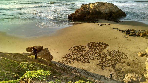 Предложение, написанное на песке на очень красивом пляже