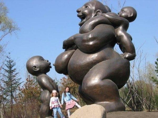 памятник материнству, китай