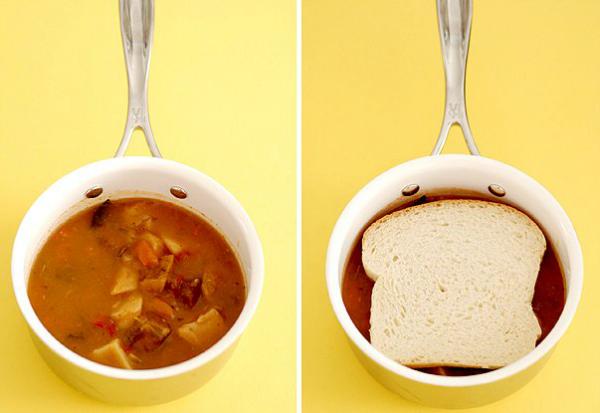 Если суп получился слишком жирным, хусочек хлеба быстро впитает лишнее