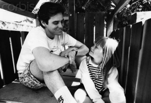 Старый снимок Джимма Керри с дочкой Джейн