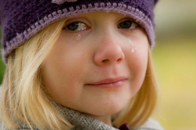 rsz_crying-572342_640