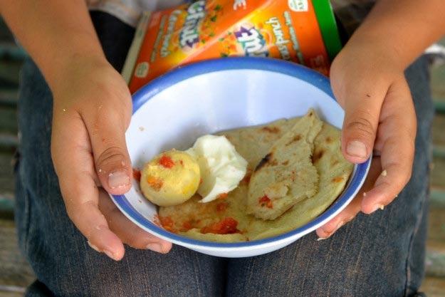 gvatemala-yajtso-pomidor-lepeshka-i-fruktovyj-sok