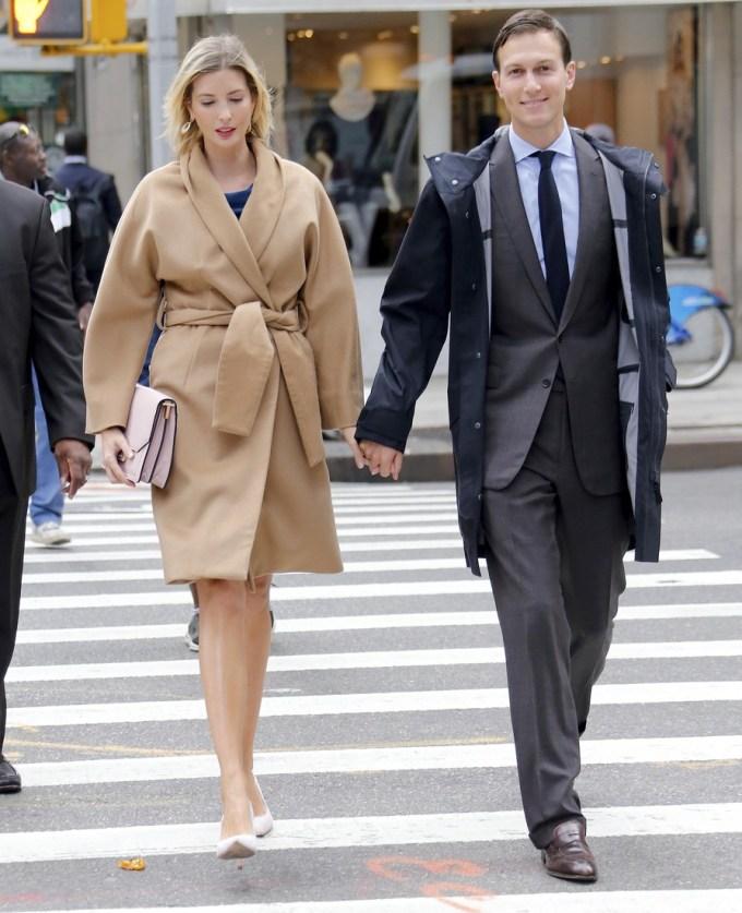 Ivanka Trump enceinte et son mari Jared Kushner se rendent à la tour Trump à New York