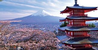 10. Jepang - Tidak sedikit perusahaan-perusahaan multinasional yang menggantungkan program riset dan pengembangannya pada Jepang. Selain itu negeri sakura juga dinilai prospektif sebagai pusat logistik regional. Secara umum, posisi Jepang masih kokoh karena geliat pasar di dalam negeri yang dinamis, buruh yang terdidik dan konsumen yang berpikiran maju.