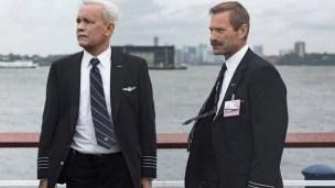 Dalam film terbarunya, 'Sully', Tom Hanks berperan sebagai Chesley 'Sully' Sullenberger, pilot pesawat rusak yang mendaratkan pesawatnya di sungai Hudson.