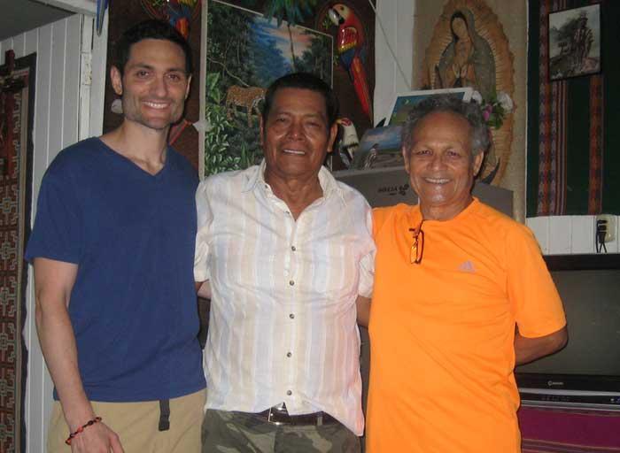 Healer Juan Flores Mayantuyacu