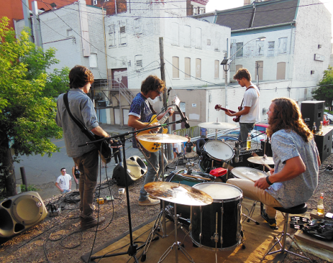 Redanda playing the roof of Dr. Disc