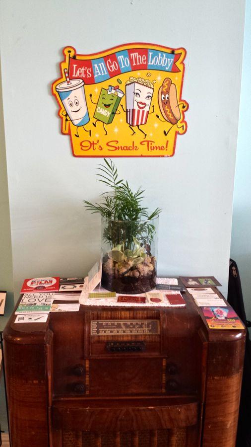 Auntie Boom's Retro Cafe