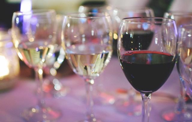 Wine at Pop Up Hamilton event. Photo by Lisa Vuyk