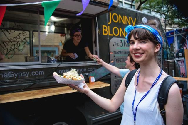Kristin at Jonny Blonde. Photo by Lisa Vuyk