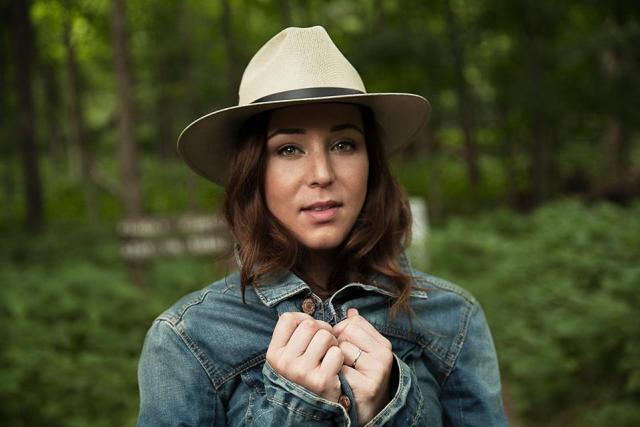 Robyn Dell'Unto. Photo by Ryan Nolan