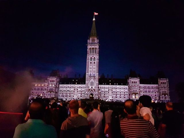 Parliament Hill lit up for Canada 150