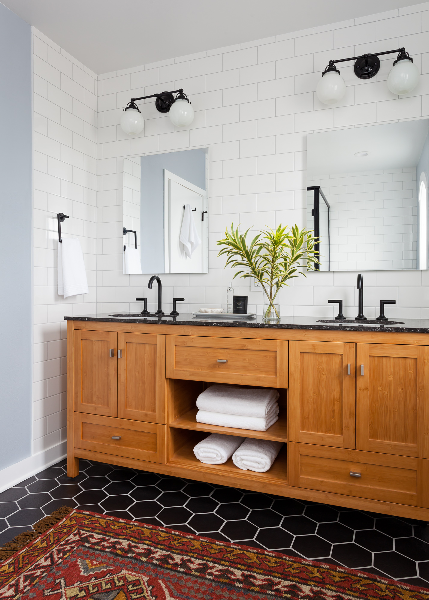 Transitional Bathroom Vanity With Black