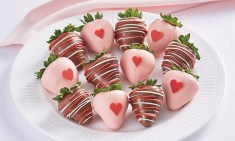Berrylicious Chocolate Dipped Berries