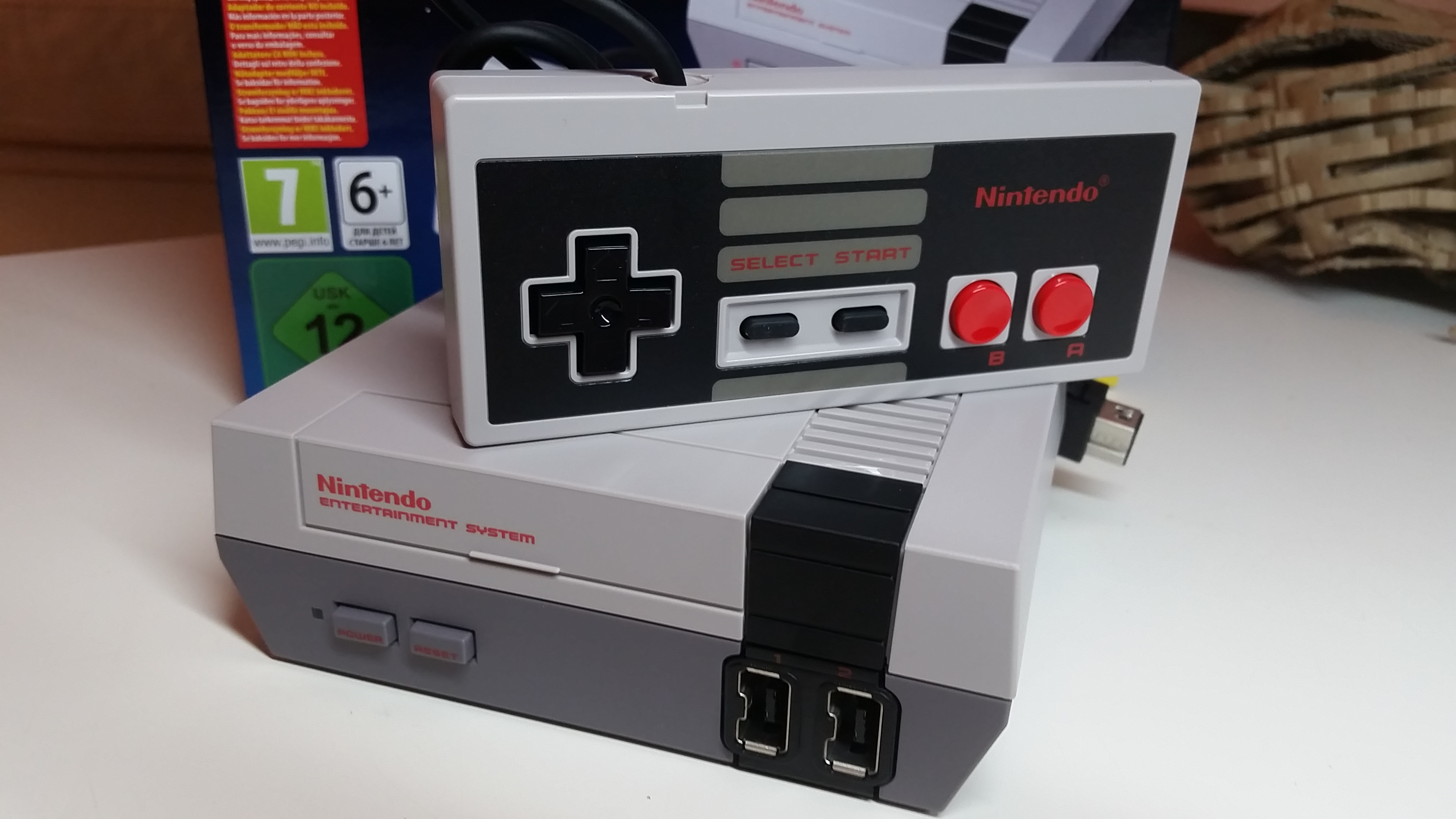 [Editorial] Unboxing NES Mini Classic!!!