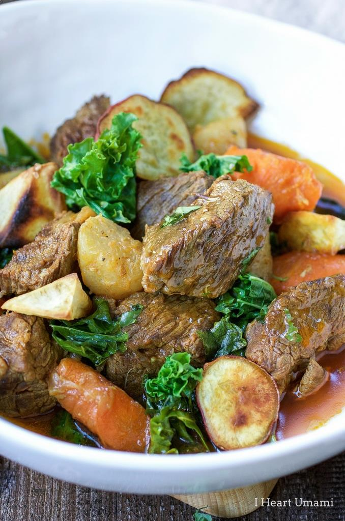 Vietnamese Beef Stew recipe with vegetables with instant pot and stove top cooking methods.