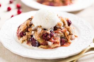 cinnamon-cranberry-apple-crisp-gi-365-3