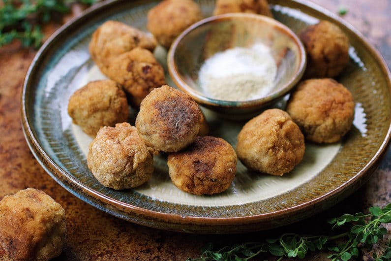 Paleo Popcorn Meatballs