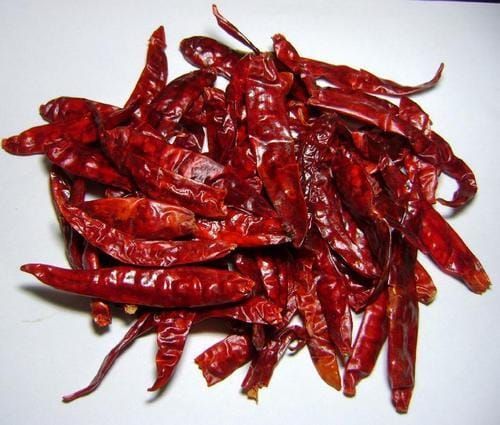 Chinese whole dried red chilis