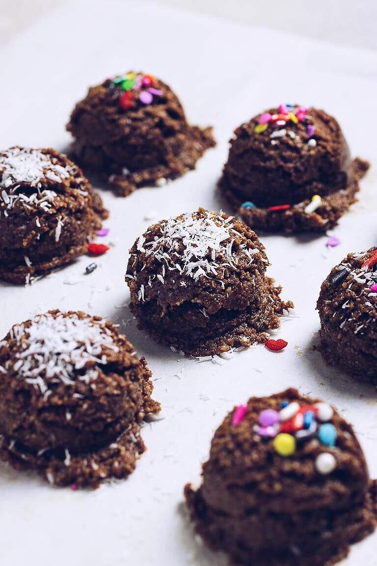 Paleo No Bake Christmas Cookies (Gluten-free, Easy) | I Heart Umami