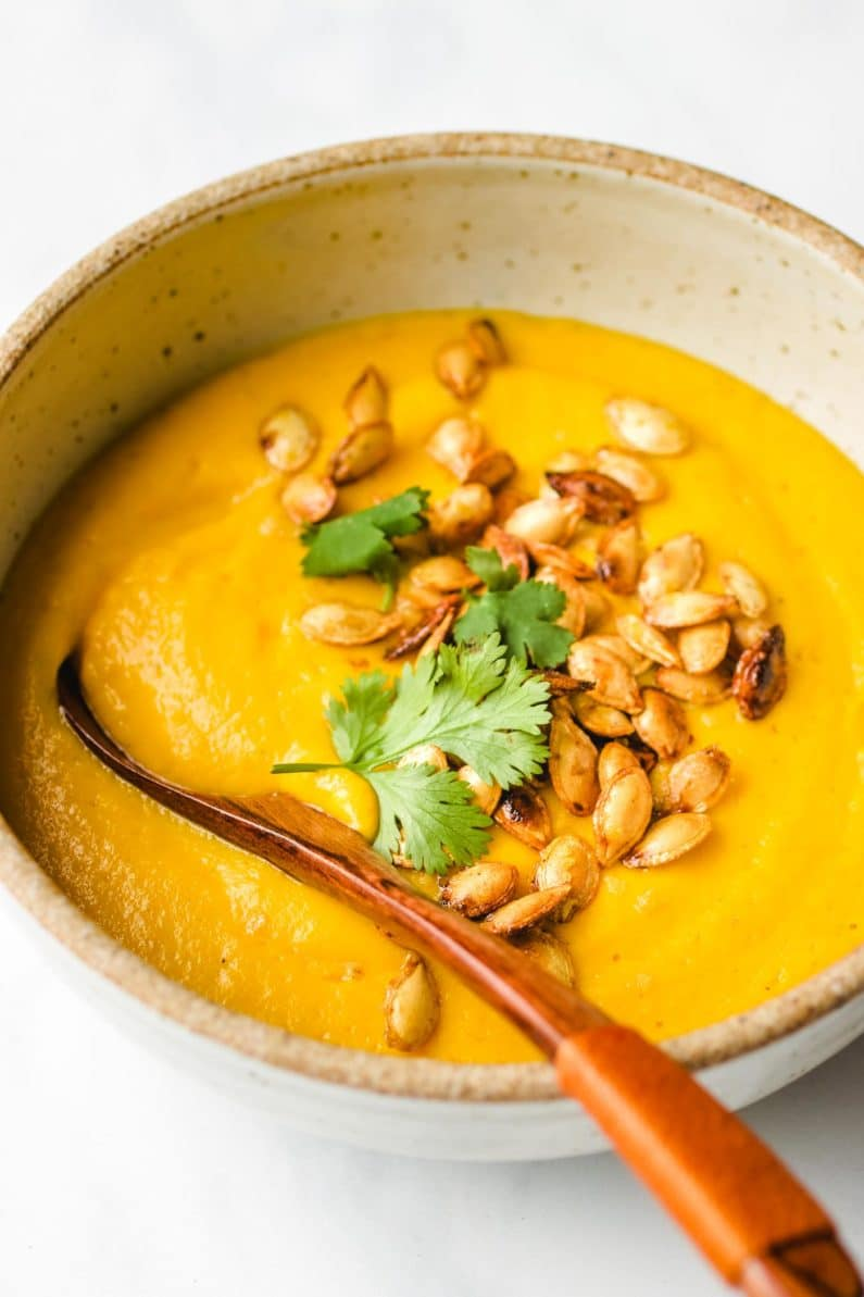 Roasted Whole Butternut Squash recipes from roasted butternut squash carrot soup to butternut squash seeds that make the best Whole30 snacks.