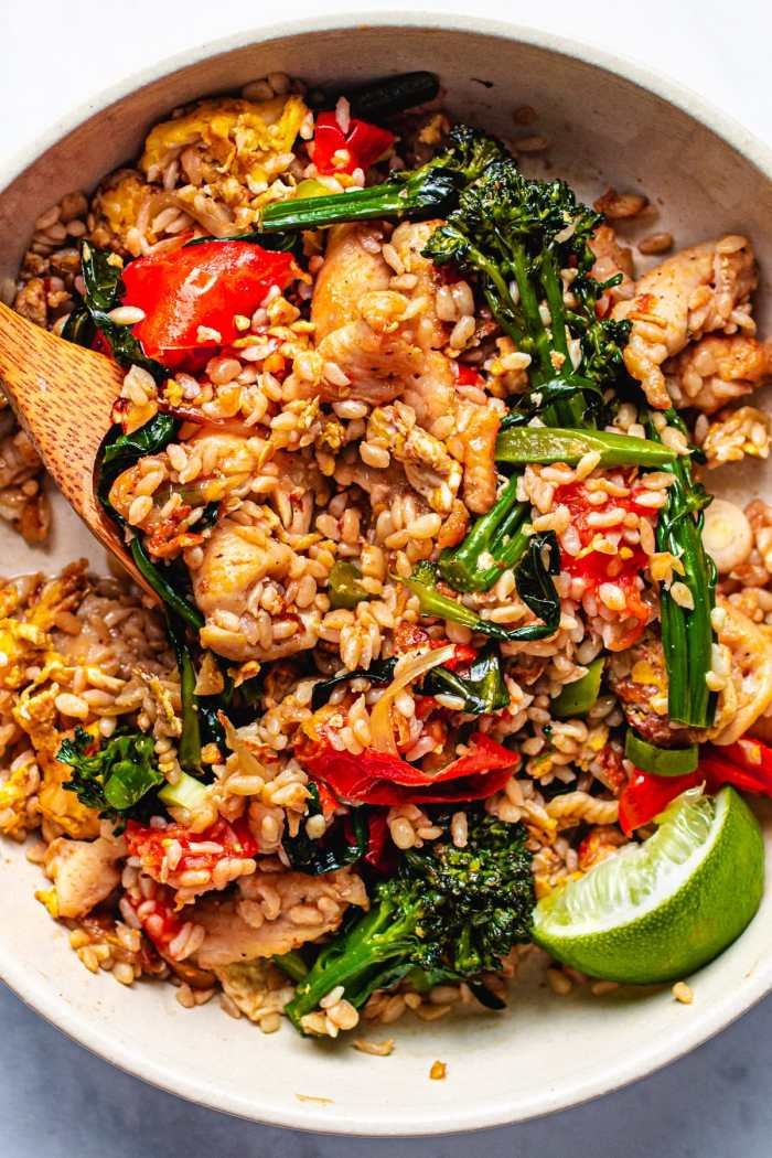Low Carb Thai Chicken Fried Rice Recipe is Paleo, Keto friendly from I Heart Umami.