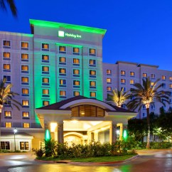 Anaheim Hotels With Kitchen Near Disneyland Quartz Counters Holiday Inn Resort Area Hotel By Ihg