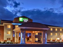 Holiday Inn and Suites Albuquerque Airport