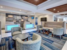 Holiday Inn Express Hotel and Suites Rooms