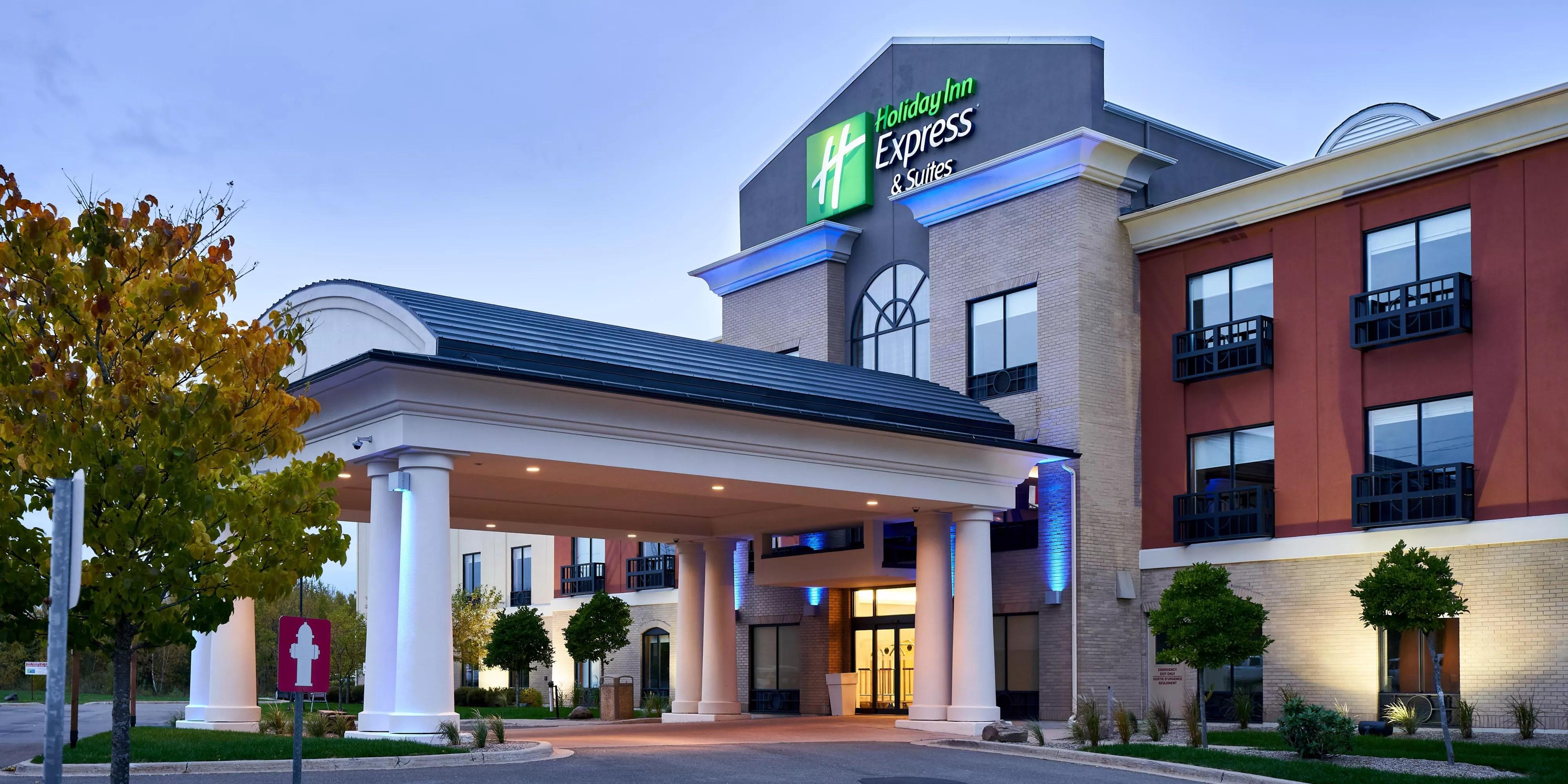 Holiday Inn Express Suites Dieppe Airport Hotel In Dieppe