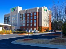 Holiday Inn Express & Suites Duluth- Mall Area Hotel In