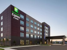 Holiday Inn Express Suites Duluth MN Photos