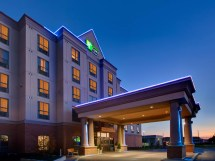 Holiday Inn Express & Suites Milton Hotel Ihg