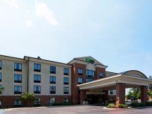 Holiday Inn Express North East PA