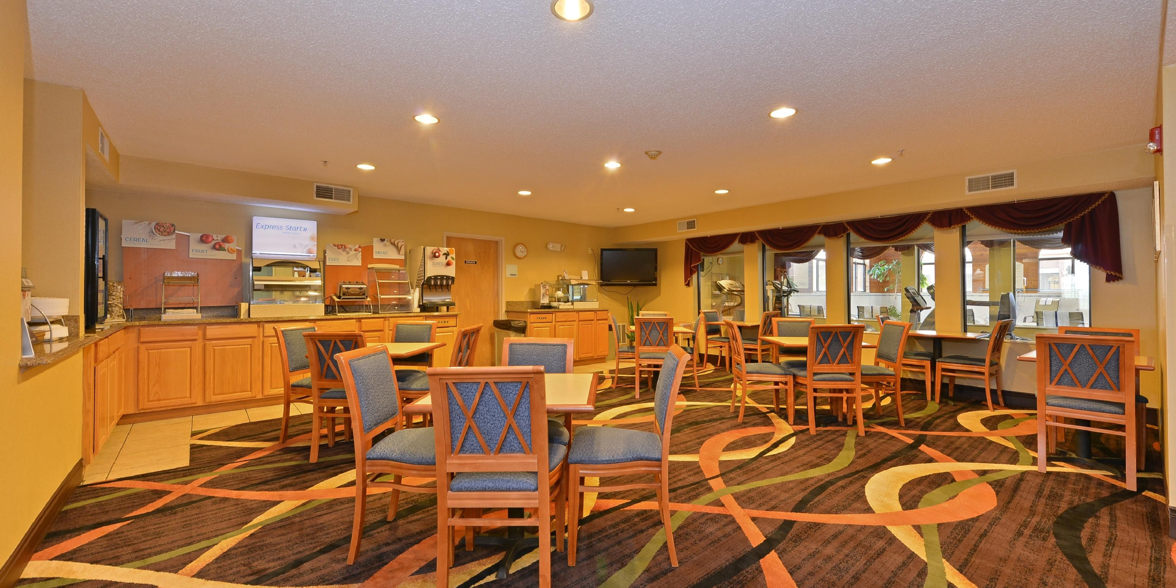 Holiday Inn Express Suites Chicago Oswego Hotel By Ihg