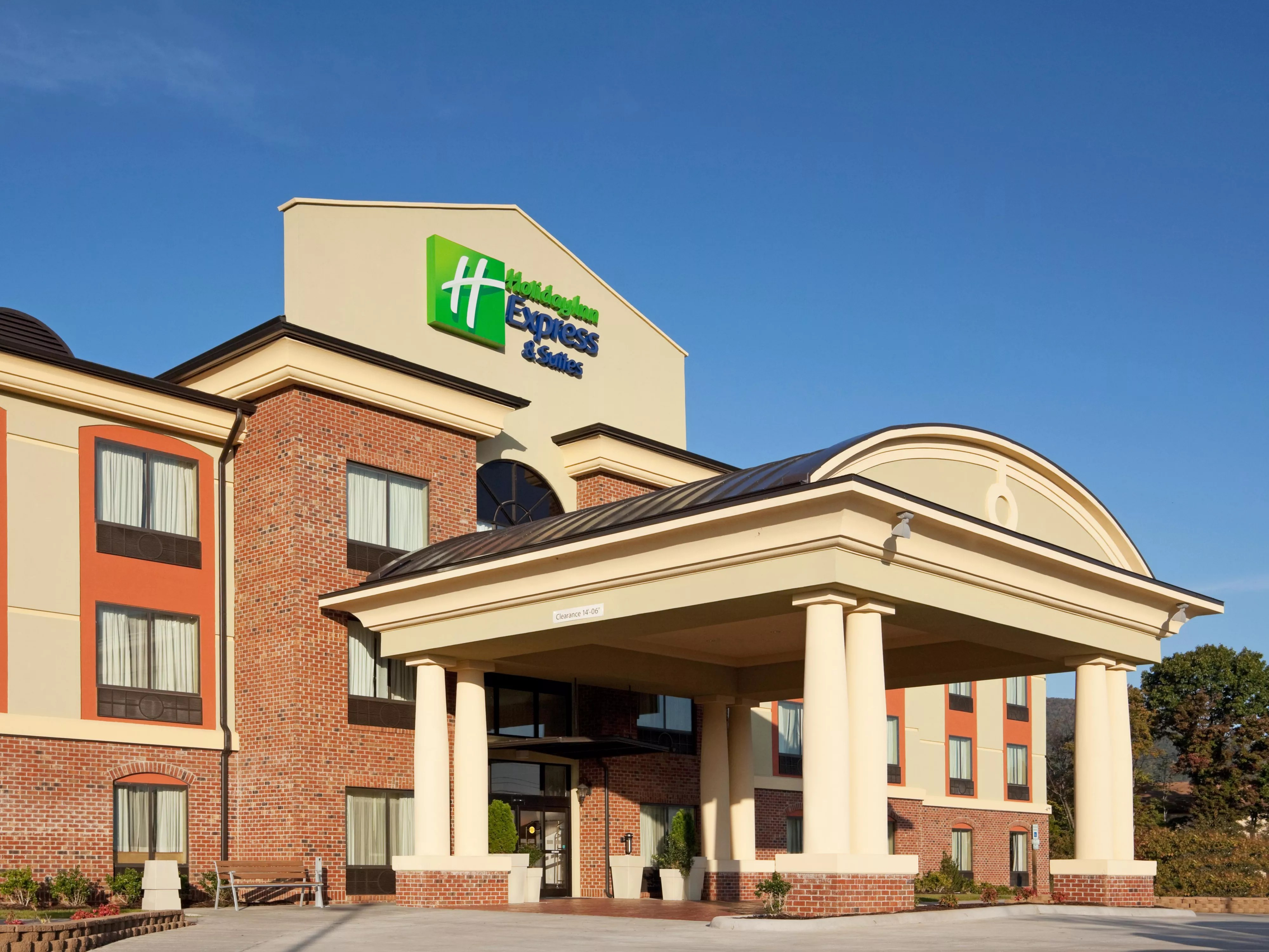 the chair outlet keizer oregon 30 sec stand norms holiday inn express suites salem hotel by ihg
