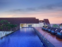 Holiday Inn Express Bali Kuta Square Hotel In