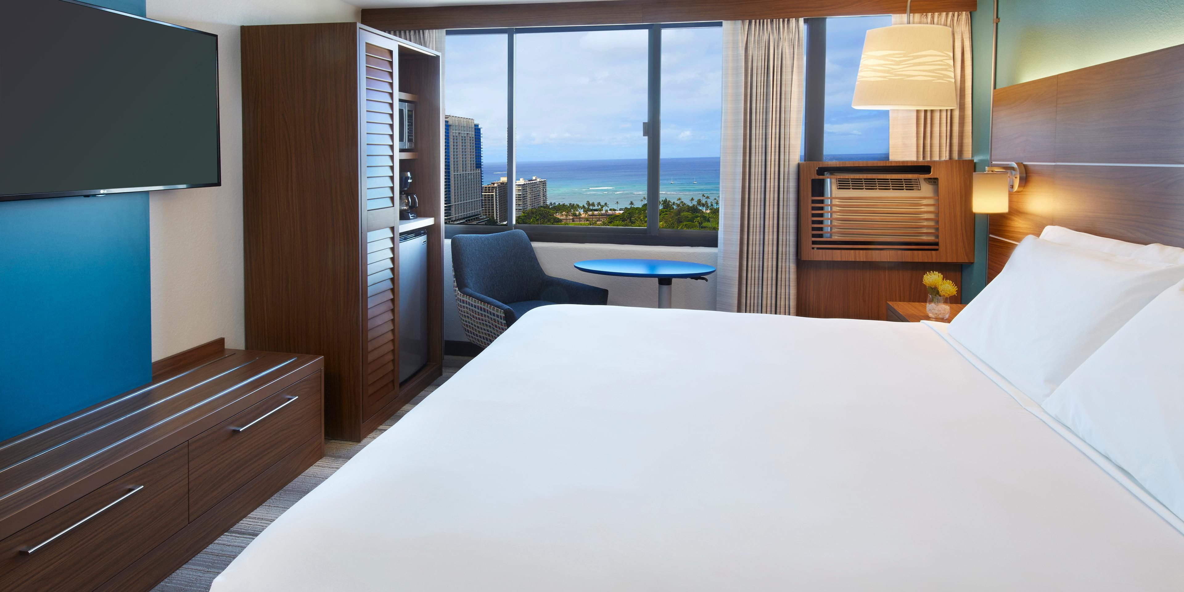 chair cover express hawaii antique sewing with drawer holiday inn honolulu waikiki hotel by ihg 4682085567 2x1