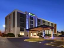 Hotels Henrietta Ny