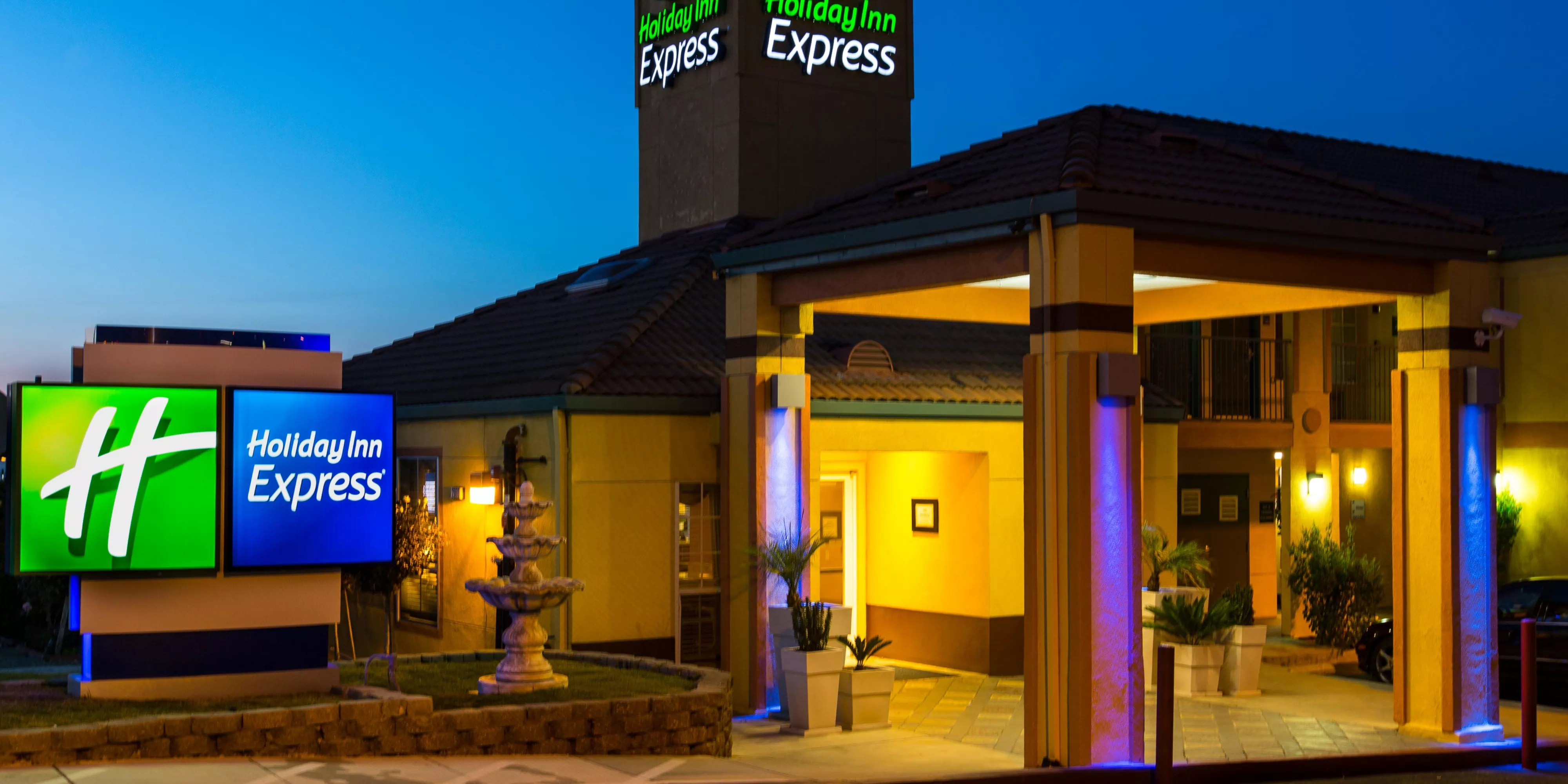 Hotels Near San Jose Convention Center Holiday Inn Express