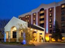 Holiday Inn Express Schaumburg IL