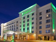 Holiday Inn and Suites Denver Airport