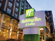 Holiday Inn and Suites Vancouver Downtown Hotel