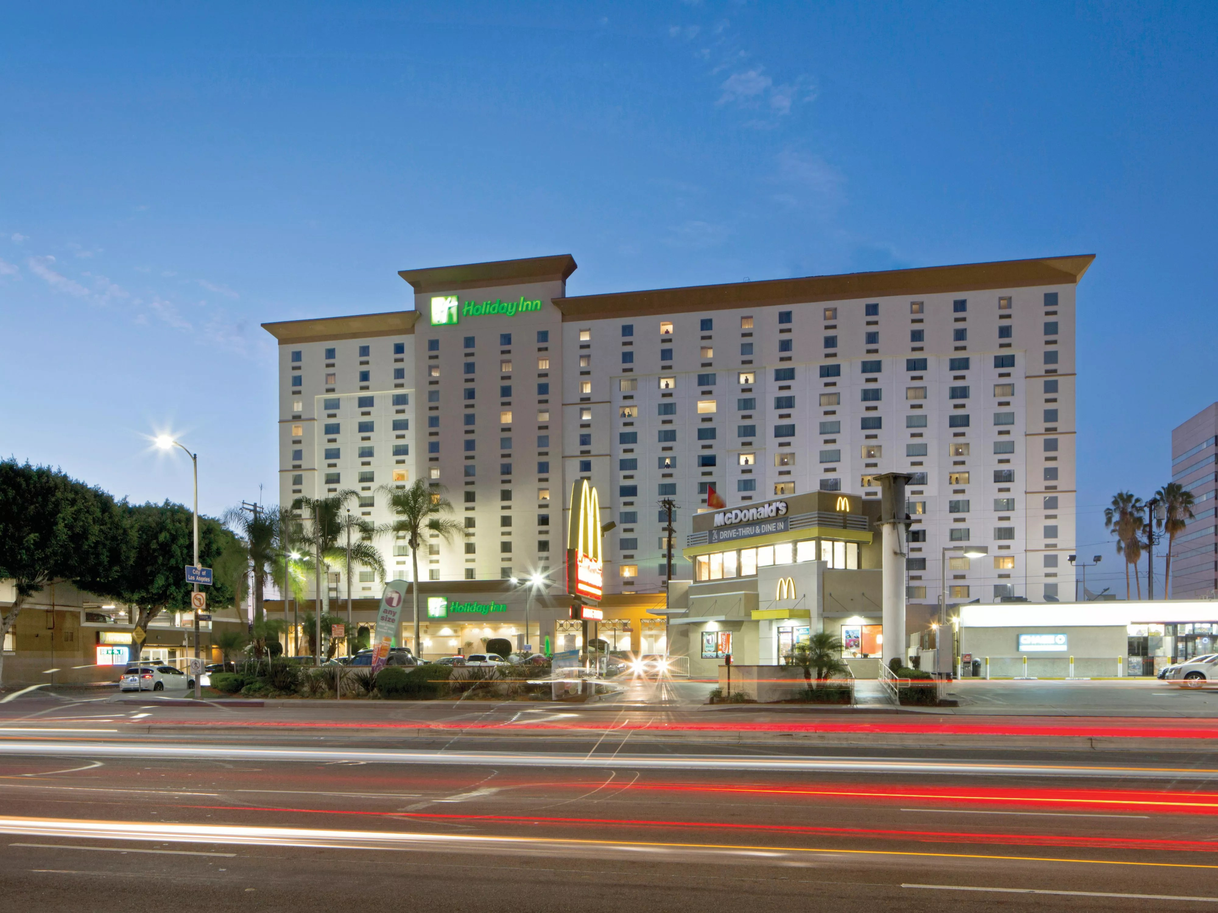 Holiday Inn Los Angeles LAX Airport Hotel By IHG